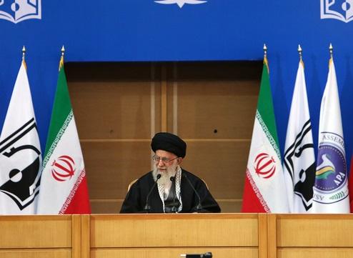 قائد الثورة: فلسطين لا زالت تمثل عنوانا يجب ان يكون محورا لكل البلدان الاسلامية