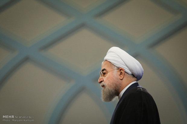 روحاني يتفقد بؤر العواصف الترابية في جنوب أهواز