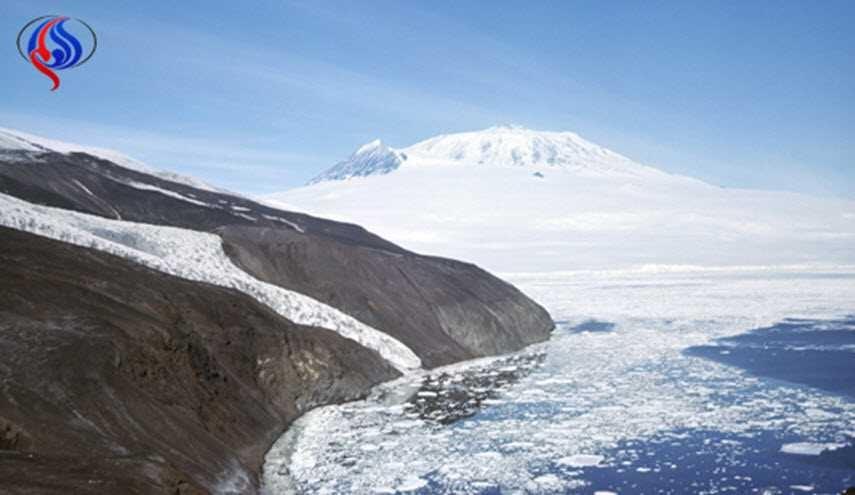 العثور على بوابة الى عالم اخر في القطب الجنوبي!