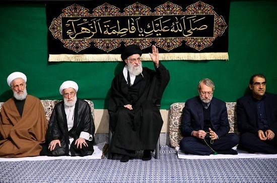 بالصور.. إقامة مجلس عزاء في ذكرى استشهاد السيدة فاطمة الزهراء (س) بحضور قائد الثورة