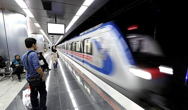 قاليباف: إضافة 100 كم لخطوط المترو بطهران خلال عام واحد