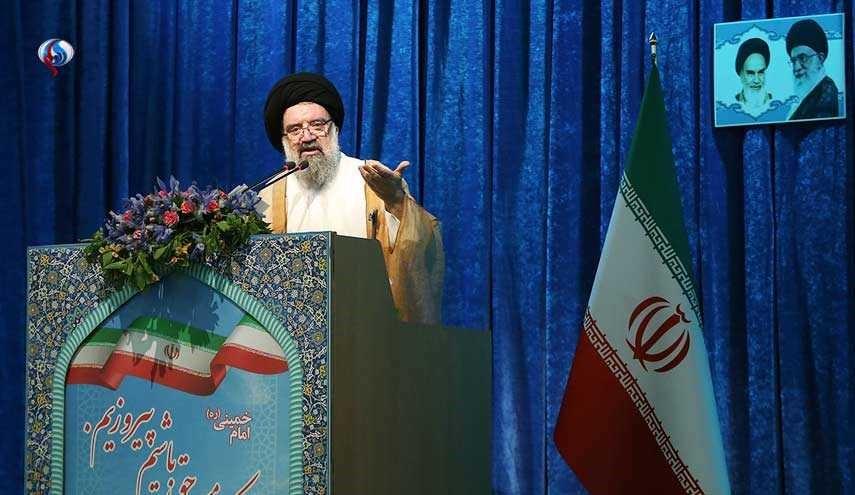 آية الله خاتمي: المناورات الصاروخية تجسيد لاقتدار ايران