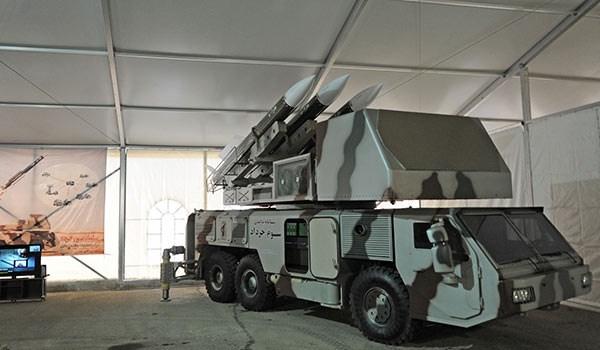 ما هي الصواريخ والرادارات المستخدمة في مناورات القوات الجوفضائية للحرس الثوري؟