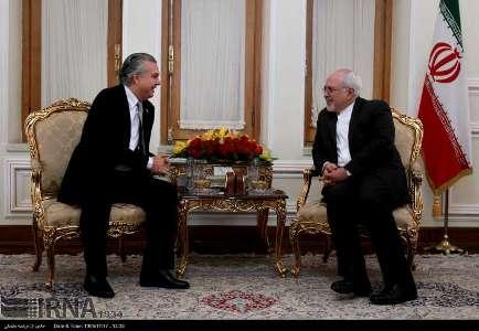 ظريف: نسعي الي علاقات متينة مع البرازيل