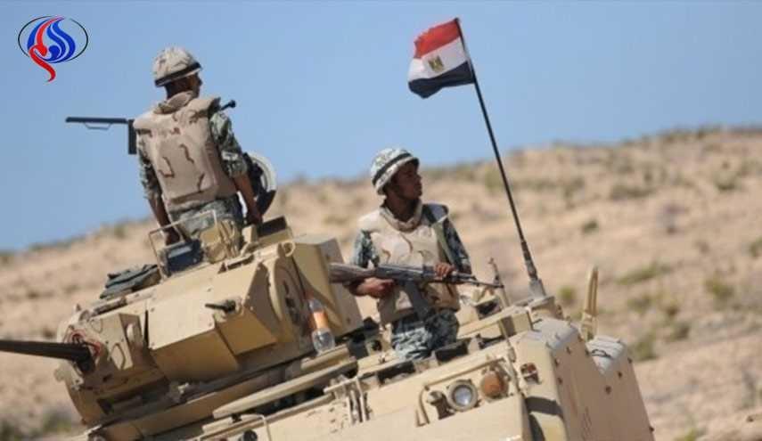 مقتل 14 مسلحا بعملية مداهمة للجيش المصري في سيناء + صور