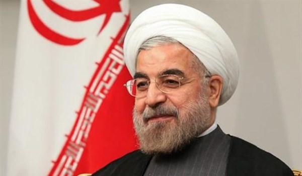روحاني: الشعب سيجسد بمشاركته في مسيرات 22 بهمن تلاحمه مع الثورة والقيادة
