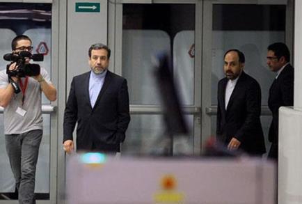 عراقجي يصل الي موسكو لبحث العلاقات الثنائية والاتفاق النووي