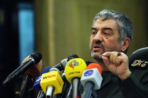 قائد الحرس الثوري : تهديد ايران يضر بمصلحة امريكا