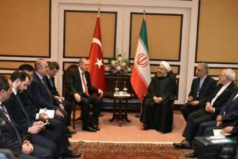 الرئيسان الايراني والتركي يبحثان العلاقات الثنائيه والقضايا الاقليمية