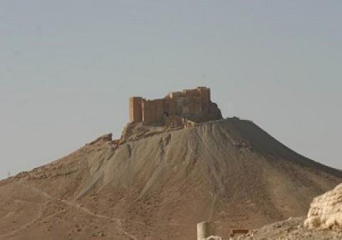 حزب الله: قوات الجيش السورى تستعيد قلعة تدمر من مقاتلى