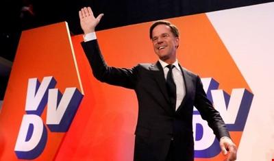رئيس الوزراء الهولندي يتجه لفوز كبير على اليمين المتطرف