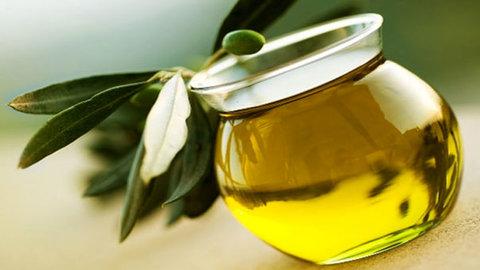 كيف نميّز زيت الزيتون الاصلي من غيره ؟