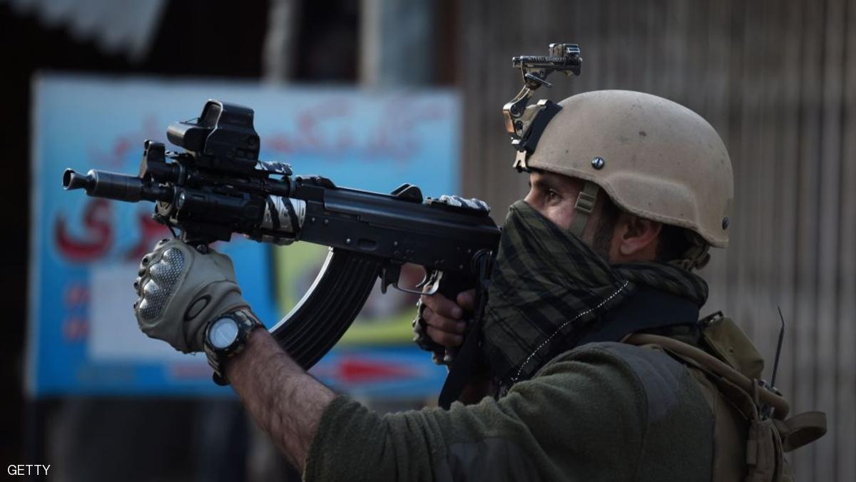 مقتل جندي أفغاني أصاب 3 عسكريين أميركيين