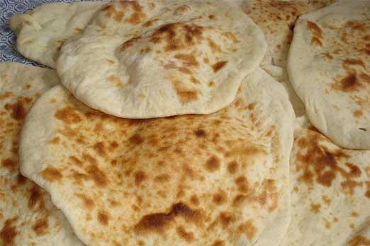 الخبز البغدادي...لكل نوع نكهة وقصة!