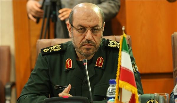 وزير الدفاع الايراني: العسكريون الاميركيون في الخليج الفارسي لصوص مسلحون
