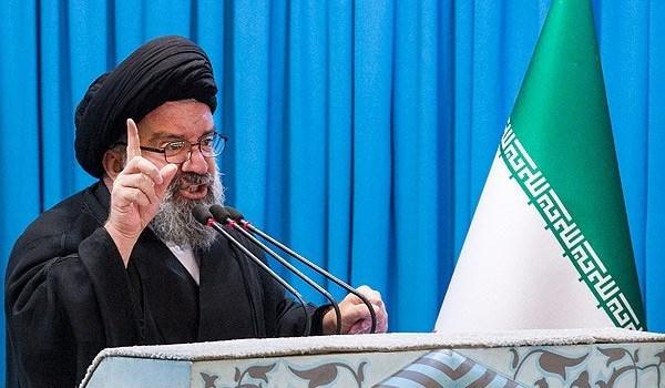 آية الله خاتمي يدعو السعودية للكف عن قتل الأبرياء وتبني خيار الحوار والتفاوض