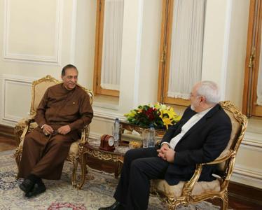 ظريف: الشركات الايرانية راغبة بالاستثمار في سريلانكا
