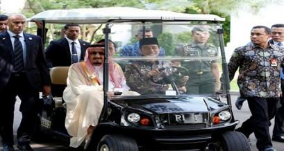 خادم الحرمين الشريفين يمدد عطلته الخاصة في جزيرة بالي 3 أيام إضافية