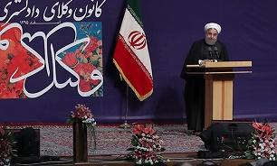 الرئيس روحاني: الشعب استعاد حق انتاج وتصدير النفط من خلال الاتفاق النووي