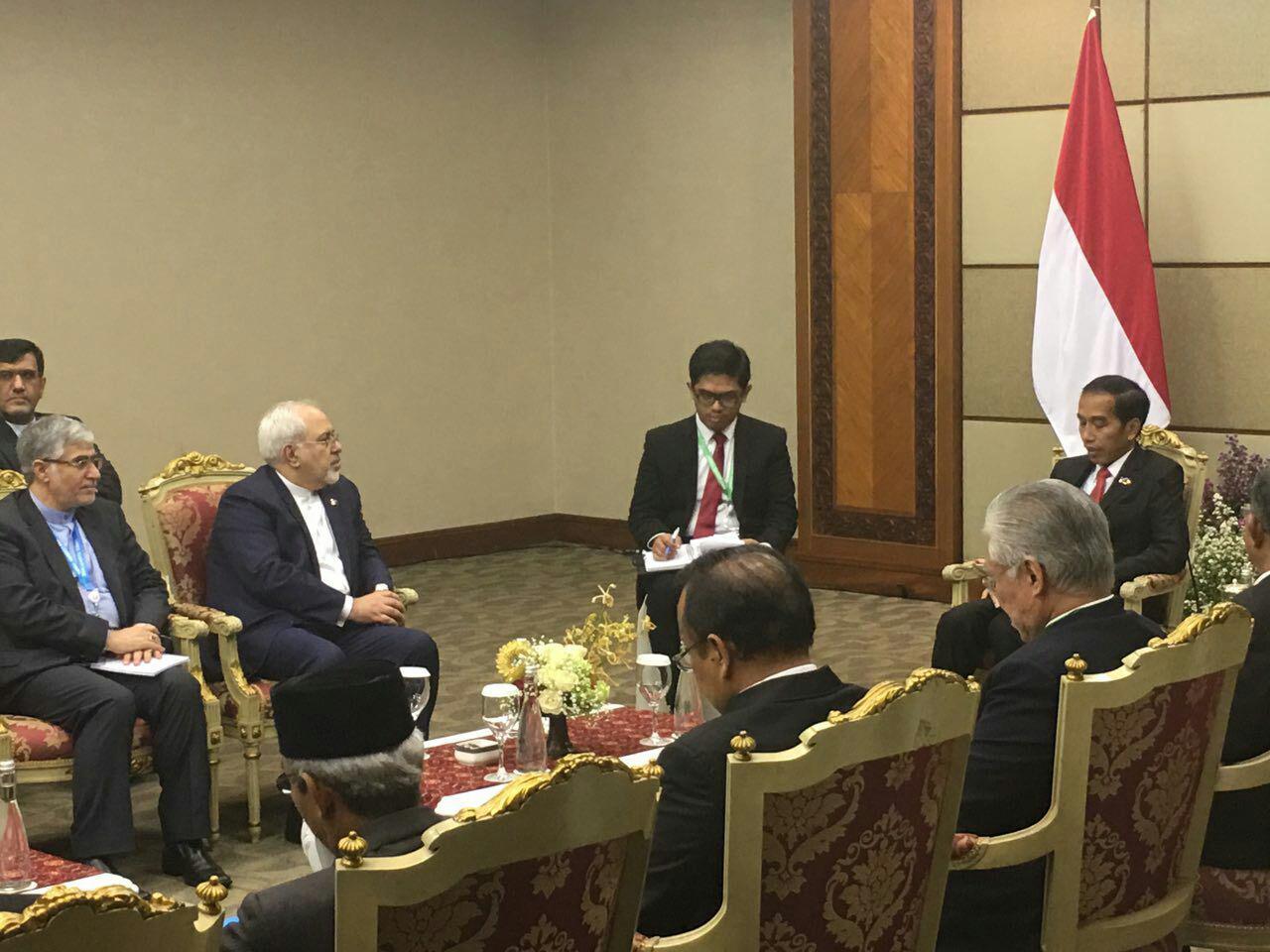 طهران وجاكرتا تؤكدان على تعزيز التعاون في مجالات النفط والطاقة