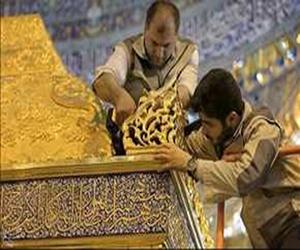 المراحل الأخيرة من تركيب ضريح الإمامين العسكريين (ع) في سامراء المقدسة