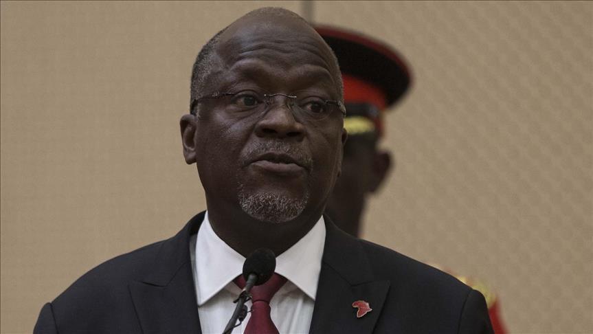 تنزانيا تفصل 10 آلاف موظف حكومي بتهمة