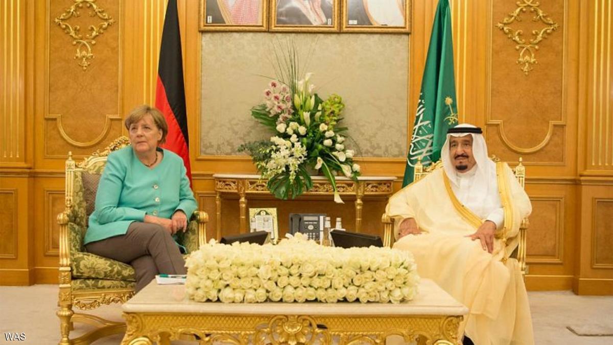 العاهل السعودي يجري مباحثات مع ميركل