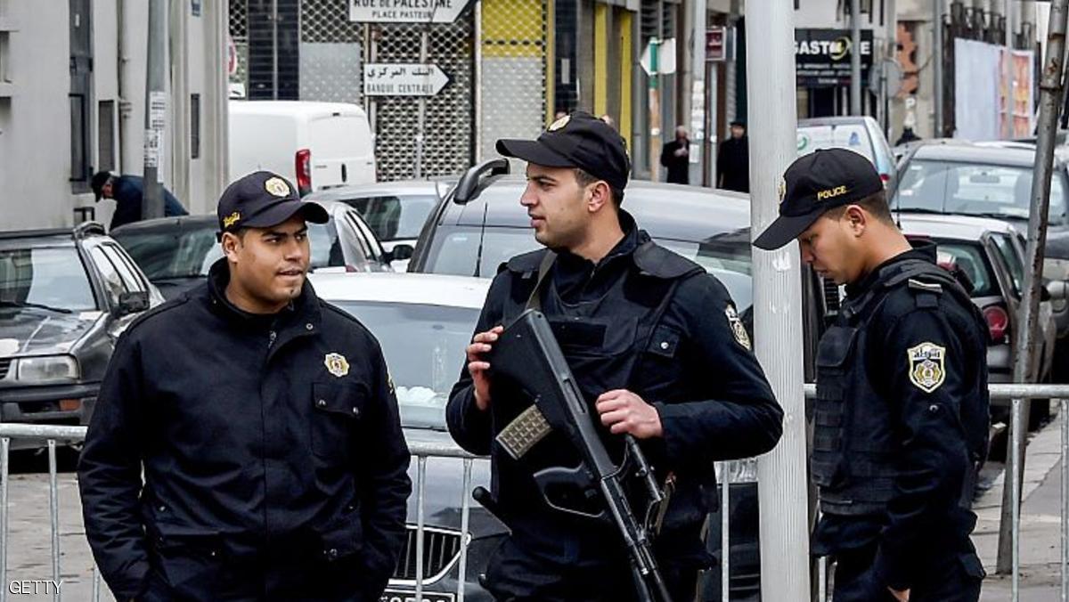 تونس.. مقتل إرهابي وآخر يفجر نفسه بعملية في سيدي بوزيد