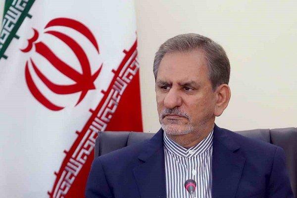 المرشح الرئاسي جهانغيري ينسحب من الانتخابات الرئاسية لصالح روحاني