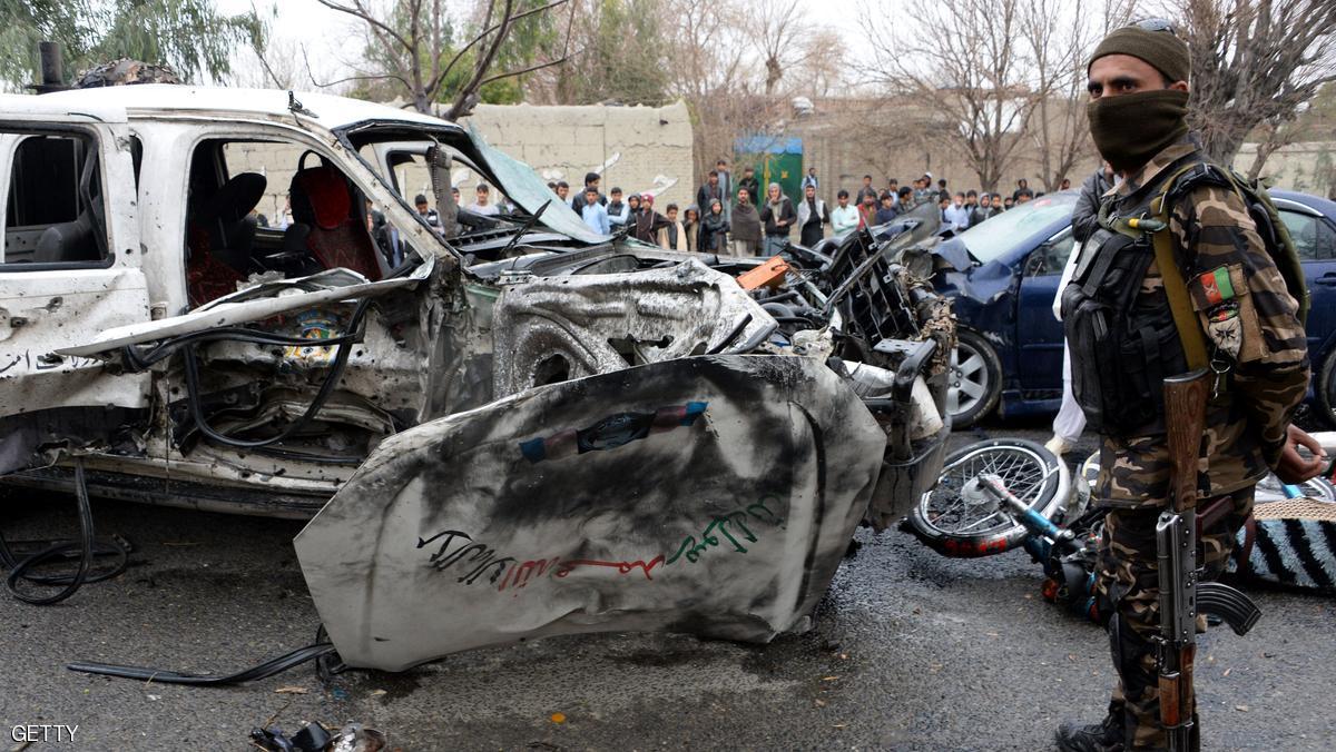 مسلحون يشتبكون مع الأمن بمبنى للتلفزيون الأفغاني