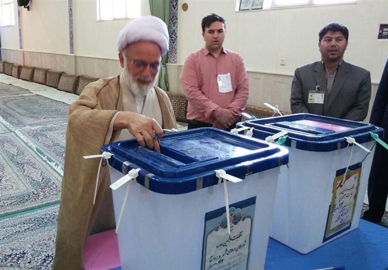 إقبال كثيف على صناديق الاقتراع للانتخابات الرئاسية الايرانية