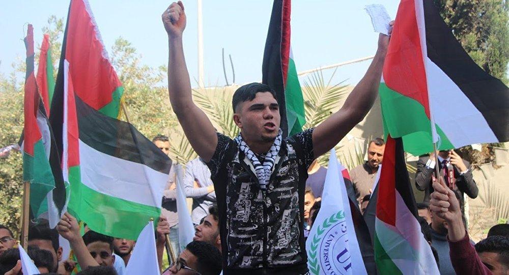 إنهاء إضراب الأسرى الفلسطينيين بالسجون الإسرائيلية