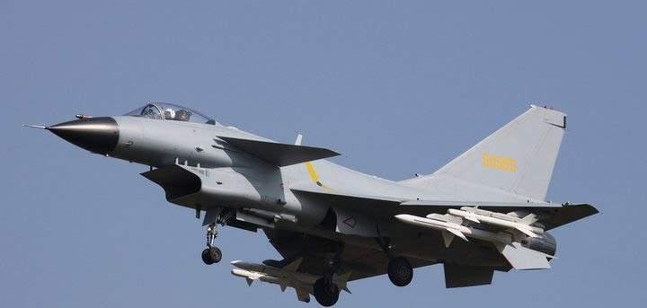 البنتاغون: طائرتان صينيتان إعترضتا طائرة أميركية فوق بحر الصين الجنوبي