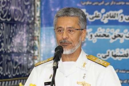 الادمیرال سیاری: الجمهوریة الاسلامیة تحظي بامن مستدیم