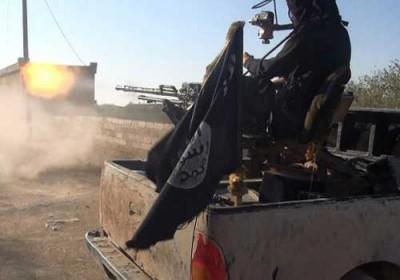 أكثر من 40 شخصا بين قتيل وجريح في قصف صاروخي لتنظيم داعش على دير الزور
