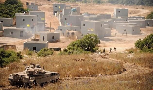 الجيش الإسرائيلي يبني قرية لبنانية استعداداً لمواجهة ضد حزب الله