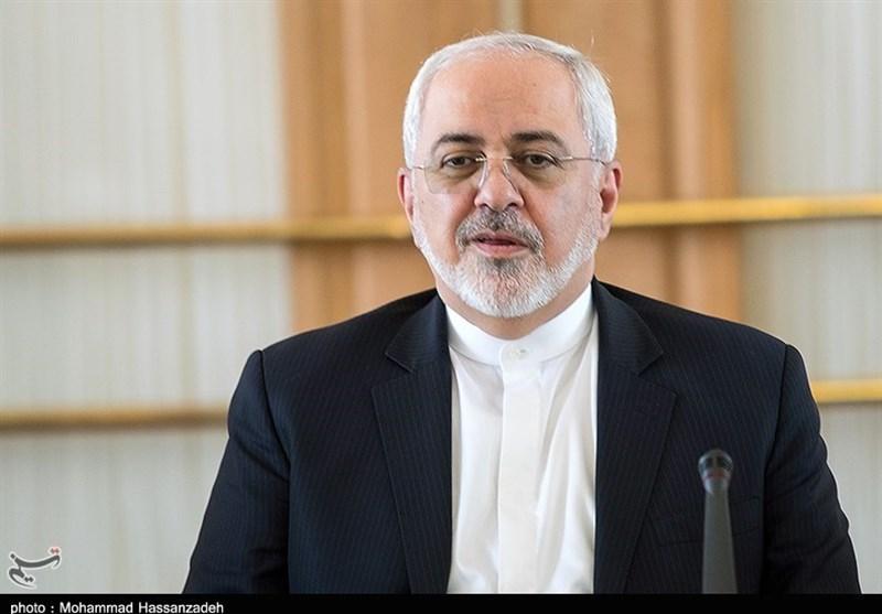 ظريف يشرح مسألة دخول طائرة سعودية الأجواء الايرانيّة