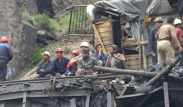 مسؤول: نبحث عن جثث 13 عاملا تحت انقاض منجم كلستان