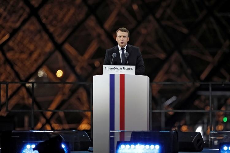 ماكرون: فرنسا ستبقى مع أوروبا وستكون في طليعة مكافحة الإرهاب