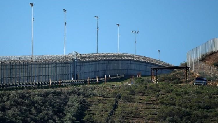 جدار إسرائيلي على حدود لبنان