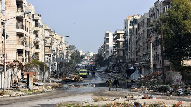 بدء خروج مسلحي حي برزة بدمشق مع عائلاتهم