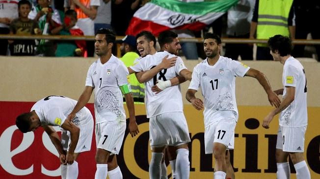 ايران تفوز على اوزبكستان وتتاهل الى مونديال روسيا 2018
