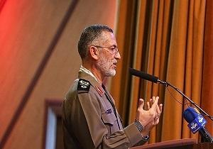 العميد شيرازي: قائد الثورة يتطلع الى تعزيز التلاحم والتآزر بين القوات المسلحة