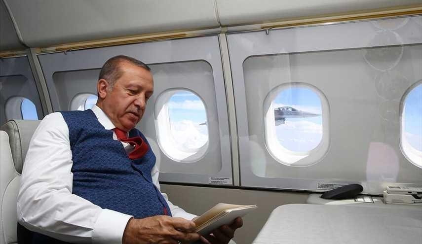 مقاتلات اف-16 تركية ترافق الرئيس التركي!