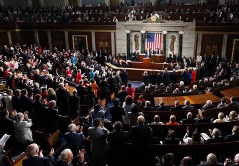 مجلس الشيوخ الامريكي يصادق على مشروع للعقوبات ضد إيران