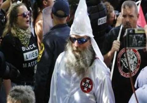 امتحان العنصرية البيضاء والسقوط المدوي لترامب