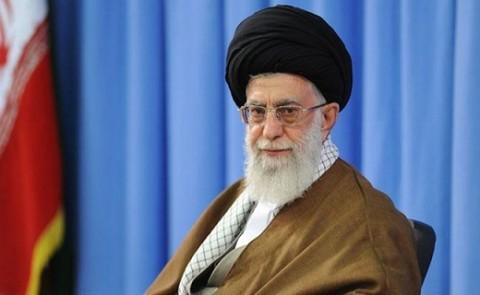 قائد الثورة الاسلامية يعزّي برحيل آية الله راستي كاشاني
