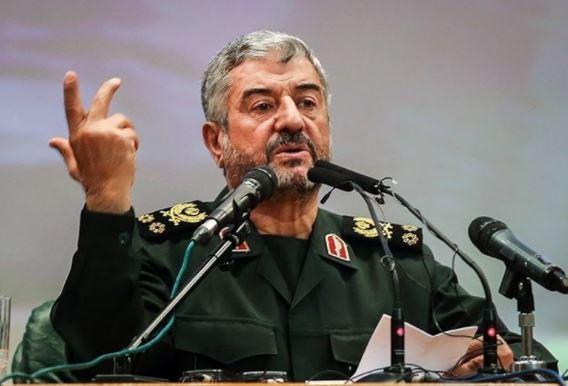 اللواء جعفري: امريكا تفرض الحظر على ايران بناء على طلب الصهاينة