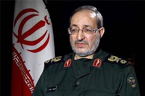 العمید جزائري: ترامب سیفهم ان ایران لاتتفاوض حول قدراتها الدفاعیة