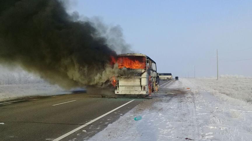 مصرع 52 شخصا جراء احتراق حافلة ركاب في كازاخستان
